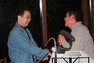 石塚さん握手